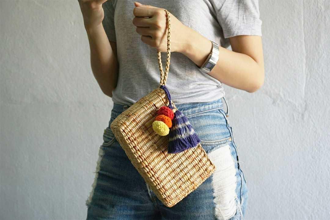 Straw bag W07